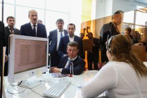 #Министр труда и социальной защиты Российской Федерации М.Топилин побывал в МФЦ г. Махачкалы2