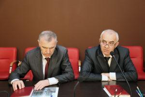 #Порядок и условия оказания услуг по выдаче паспортов обсудили в Республиканском МФЦ на встрече с представителями МВД Дагестана.9