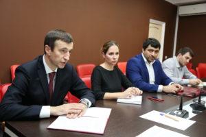 #Между республиканским МФЦ и Избирательной комиссией РД подписано соглашение о сотрудничестве на выборах1