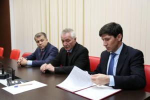 #Между республиканским МФЦ и Избирательной комиссией РД подписано соглашение о сотрудничестве на выборах2