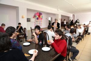 #Сотрудники Республиканского МФЦ побывали с визитом в доме-интернате для детей «Забота».7