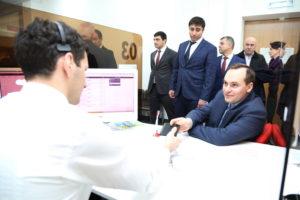 #Глава республики Дагестан Владимир Васильев обратился за услугой в МФЦ6