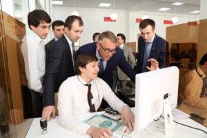#Представители МинКавказа посетили Республиканский МФЦ8