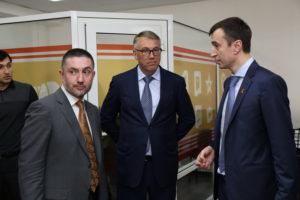 #Представители МинКавказа посетили Республиканский МФЦ6