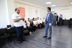 #Министр экономики Республики Татарстан побывал в МФЦ Дагестана7