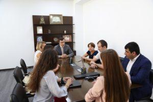 #Делегация из Татарстана в рамках сотрудничества между регионами посетила Республиканский МФЦ8