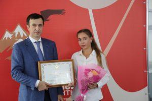 #Более миллиона услуг оказано с начала года в МФЦ Дагестана8