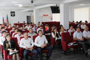 #Более миллиона услуг оказано с начала года в МФЦ Дагестана4