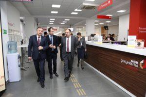 #Глава Пенсионного Фонда РФ Антон Дроздов посетил МФЦ Дагестана4