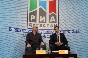 #На площадке РИА «Дагестан» прошла пресс-конференция руководителя Республиканского МФЦ Османа Хасбулатова2