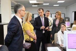 #С визитом в МФЦ Дагестана побывали коллеги из республики Северная Осетия.5