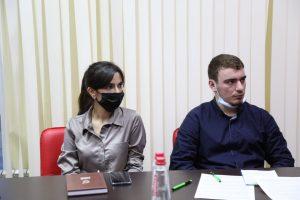 #В МФЦ Дагестана прошел обучающий семинар с участием консультанта отдела лицензирования  Министерства здравоохранения РД Мусы Абдулаева8