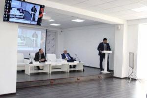 #Очередное заседание клуба предпринимателей Махачкалы «Годекан для бизнесменов» состоялось в Республиканском многофункциональном центре.9