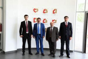 #Министр труда и социальной защиты Российской Федерации М.Топилин побывал в МФЦ г. Махачкалы1