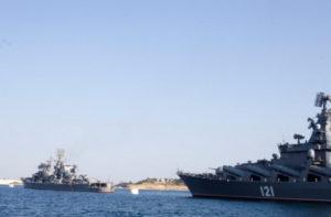 #В порт Махачкалы прибыл, с неофициальным визитом, отряд боевых кораблей Военно-морских сил Ирана7