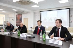 #В МФЦ республики Дагестан прошло расширенное совещание совместно с Управлением по вопросам миграции МВД по РД3