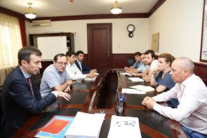#Директор Республиканского МФЦ Осман Хасбулатов встретился с министром природных ресурсов и экологии РД Набиюлой Карачаевым7