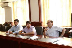 #Получение услуг в электронном виде обсудили на совместном совещании республиканского Министерства здравоохранения и МФЦ Дагестана8