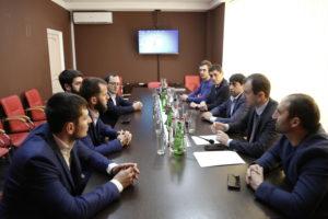 #Делегация из Чеченской Республики ознакомилась с опытом организации предоставления услуг в МФЦ Дагестана4