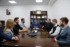 #В  МФЦ Дагестана для обмена опытом в сфере оказания госуслуг прибыли  представители  многофункциональных центров города Москвы1