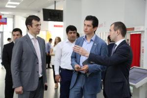#Министр экономики Республики Татарстан побывал в МФЦ Дагестана3